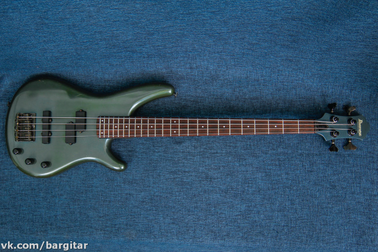Ibanez RB-830 Roadstar Bass